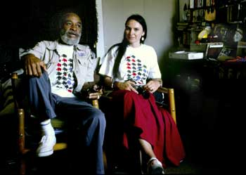 Ted Joans & Laura Corsiglia, 1999, Seattle, photo by Bernie Mindich