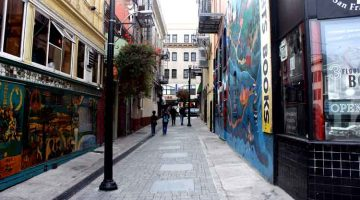 Jack Kerouac Alley flickr photo by Gary Soup shared under a Creative Commons (BY) license