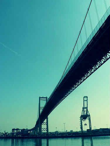 "Vincent Thomas Bridge href=""https://www.flickr.com/photos/sryffel/2308574679/ sryffel http://creativecommons.org/licenses/by-sa/2.0/"